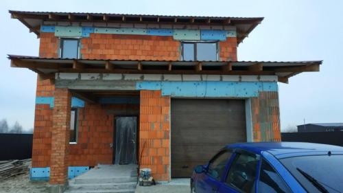 Дом с установленным тепловым насосом вода-вода 12 Квт./ч.